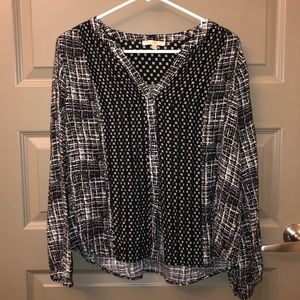 Skies are blue patterned loose blouse